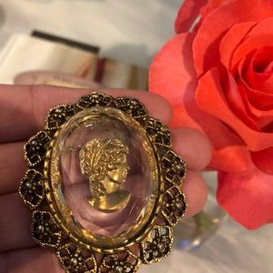 Glass Cameo brooch or can be used on a necklace
